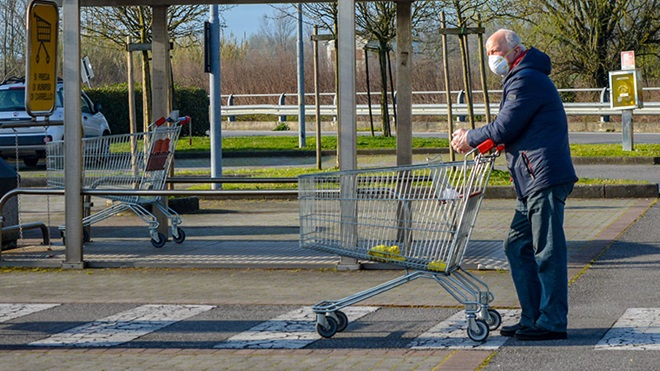 anziani spesa