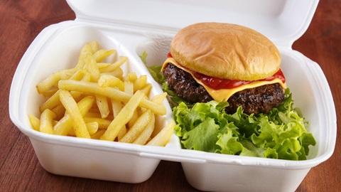 Sostanze tossiche negli imballaggi dei fast food