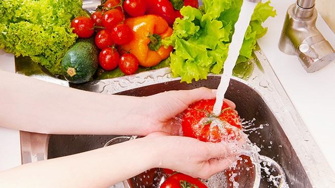 Sicurezza alimentare, cinque regole per la nostra salute