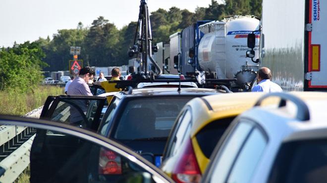 Cashback autostrade, quando e come richiedere il rimborso in caso di code e disagi