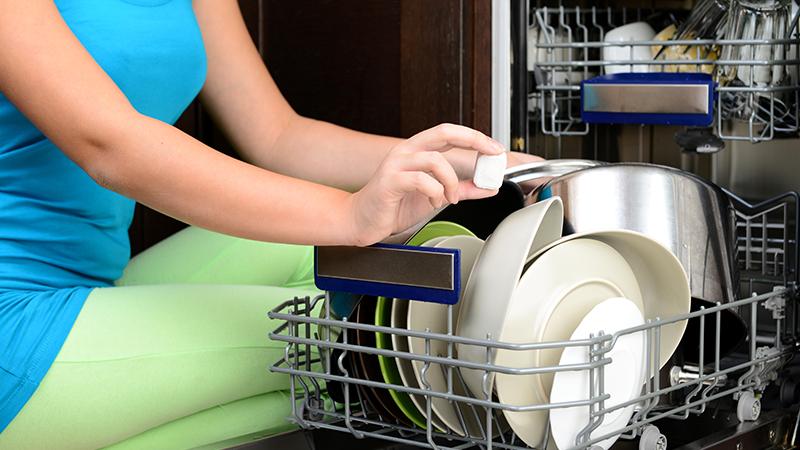 Brillantante per lavastoviglie: cosa contiene e quando va ...