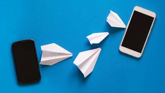 trasferimento dati tra due smartphone