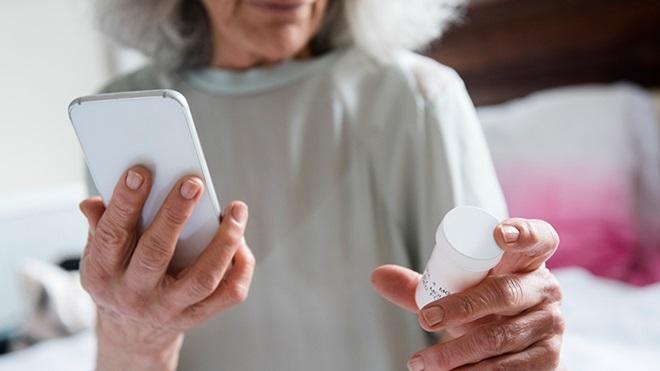 Coronavirus, ora la ricetta medica si riceve via email, telefono o WhatsApp