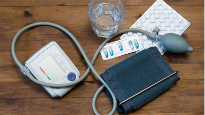 misuratore di pressione e blister