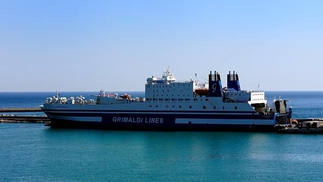 Traghetto Grimaldi Egnazia