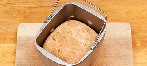 Impastare con la macchina del pane