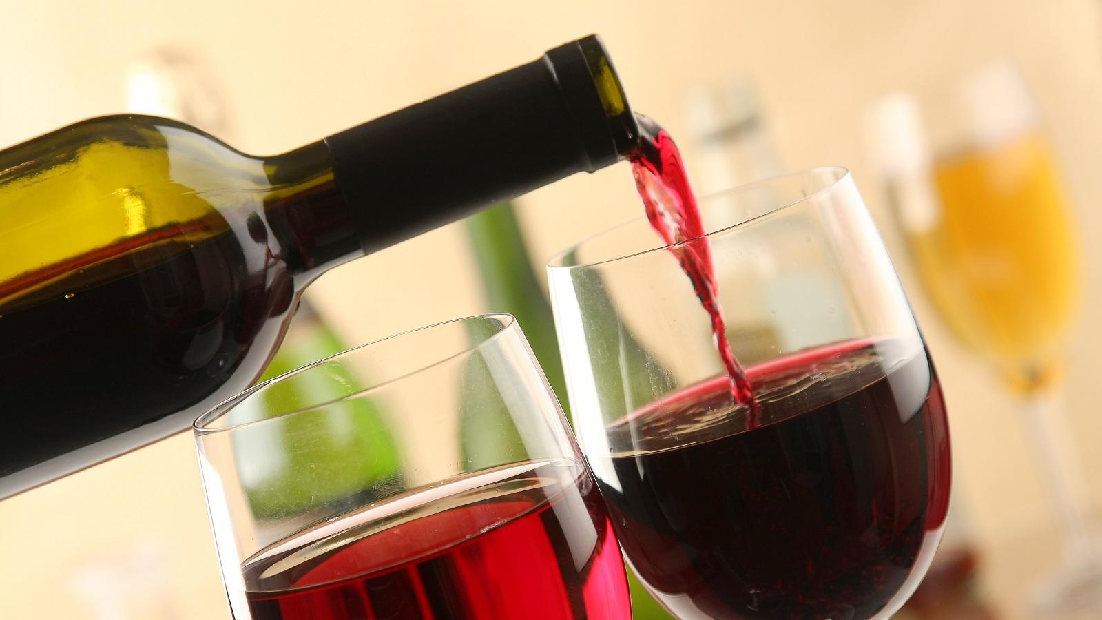Risultati immagini per vino immagine