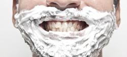schiuma da barba