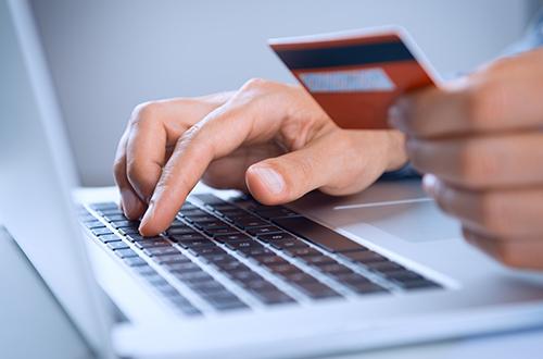 new concept bfe31 35c5a Shopping online: analisi Altroconsumo sui siti piu'affidabili